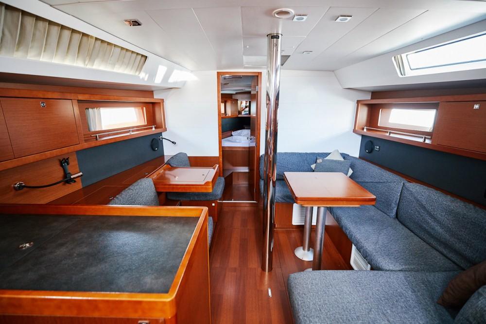 Rental yacht Split - Bénéteau Oceanis 41 on SamBoat