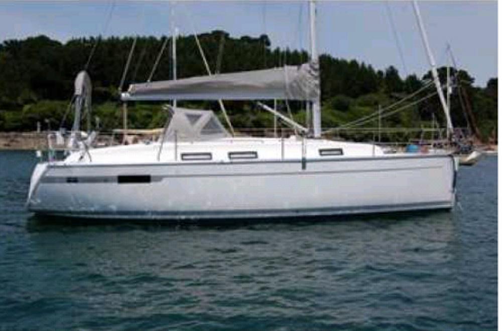 Rent a Bavaria Bavaria 32 Cruiser Ionian Islands
