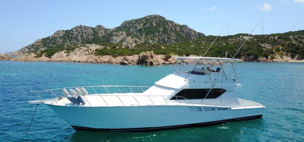 Hire Motorboat with or without skipper Hatteras Yachts Olbia