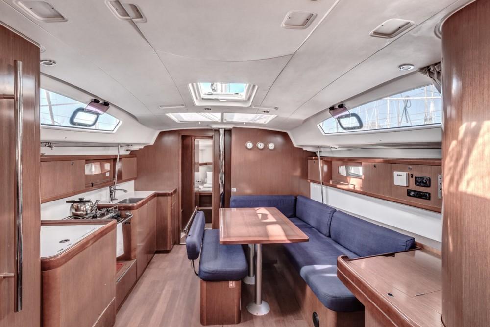 Rental yacht Corfù - Bénéteau Oceanis 43 on SamBoat