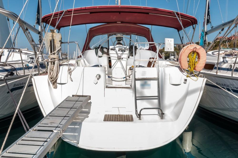 Rent a Bénéteau Oceanis Clipper 393 Ionian Islands