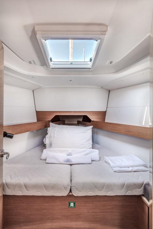 Rental yacht Korfoe - Jeanneau Sun Odyssey 349 on SamBoat