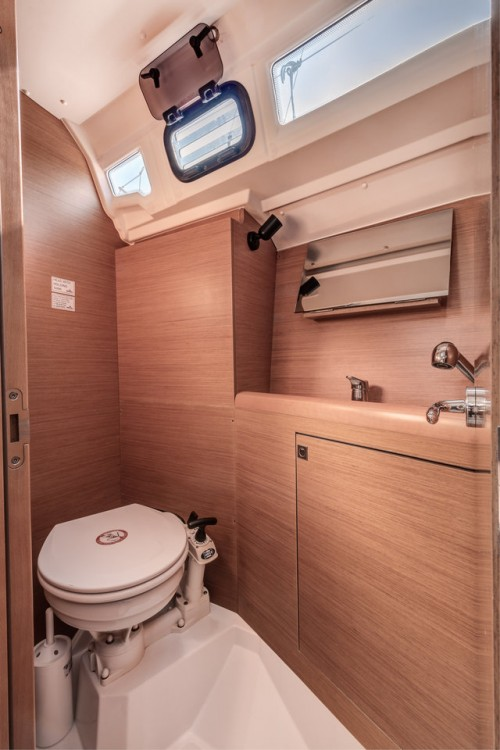 Jeanneau Sun Odyssey 349 between personal and professional Corfu