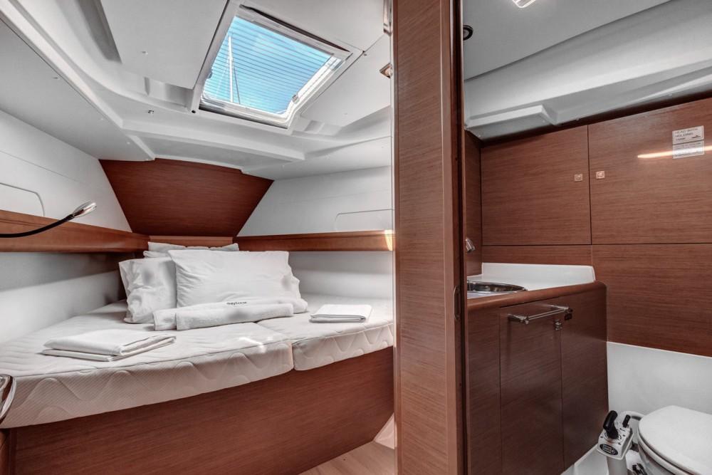 Boat rental Ionian Islands cheap Sun Odyssey 419