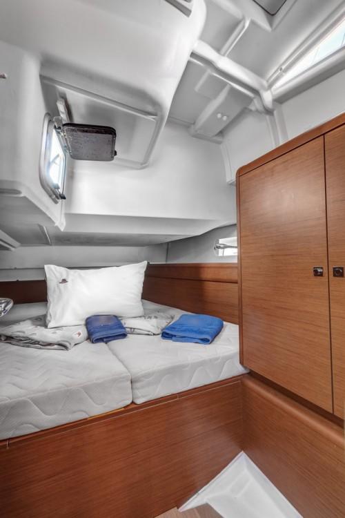 Boat rental Jeanneau Sun Odyssey 449 in Ionian Islands on Samboat