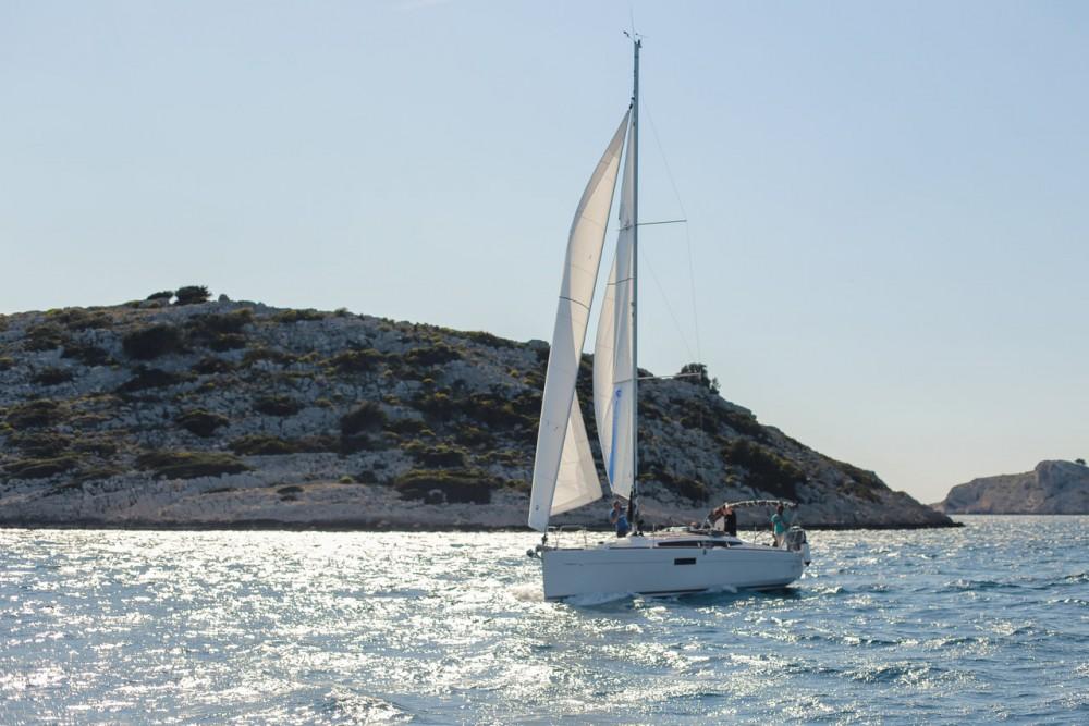 Boat rental Jeanneau Sun Odyssey 349 in Croatia on Samboat