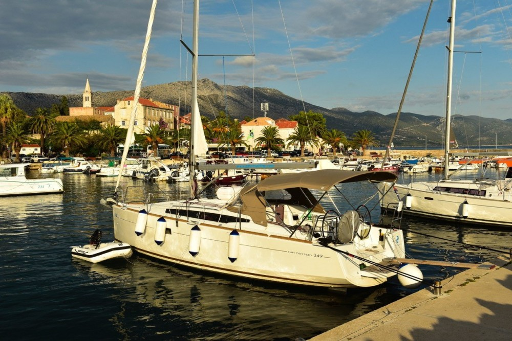 Jeanneau Sun Odyssey 349 between personal and professional Croatia