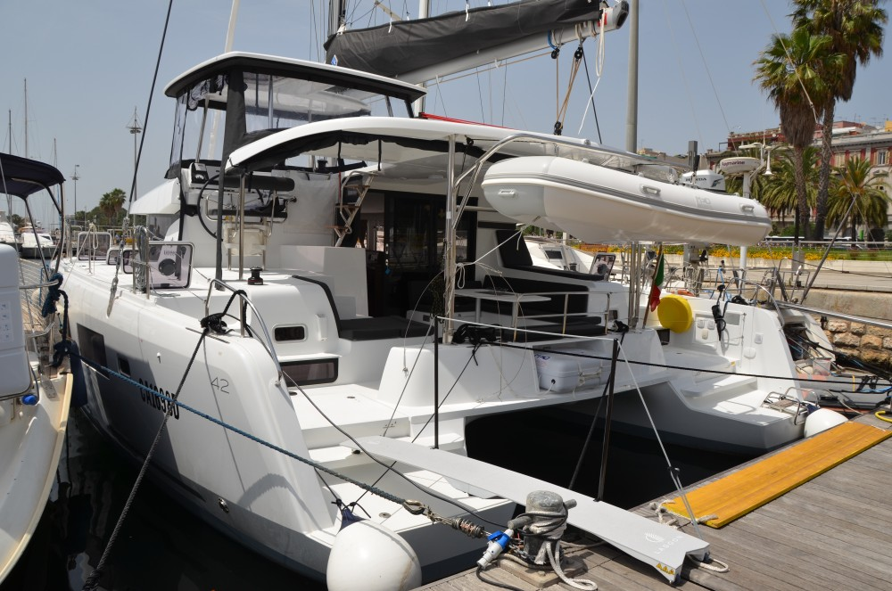 Boat rental Lagoon Lagoon 42 in Cagliari on Samboat