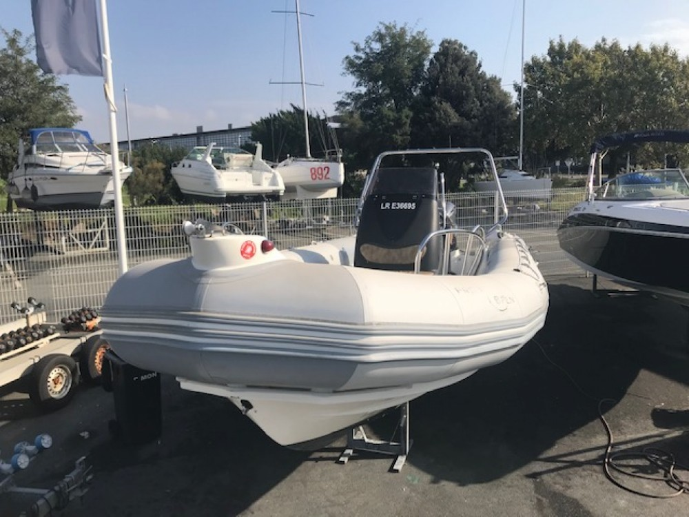 RIB for rent Royan at the best price