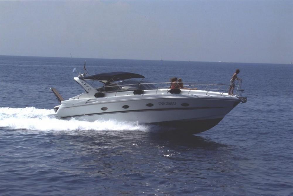 Hire Motorboat with or without skipper Innovazioni E Progetti Ischia