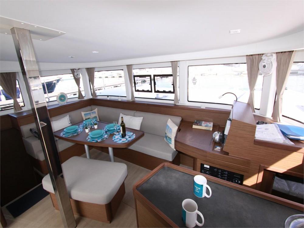 Boat rental Lagoon Lagoon 42 - 4 + 2 cab. in Corfu on Samboat