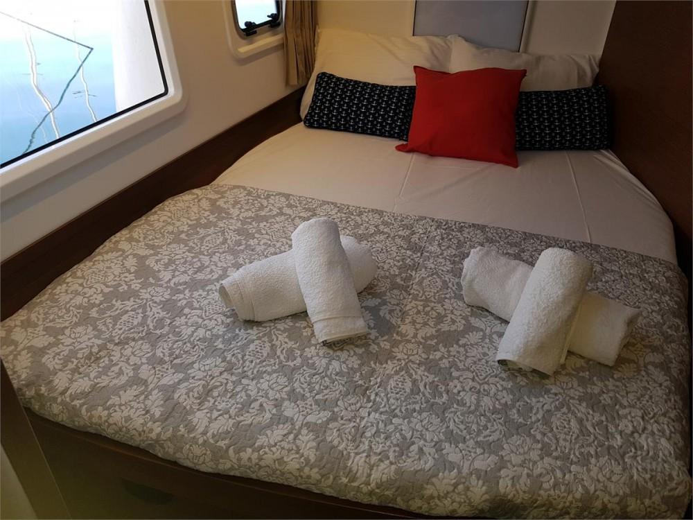 Rental Catamaran in Corfu - Lagoon Lagoon 42 - 4 + 2 cab.