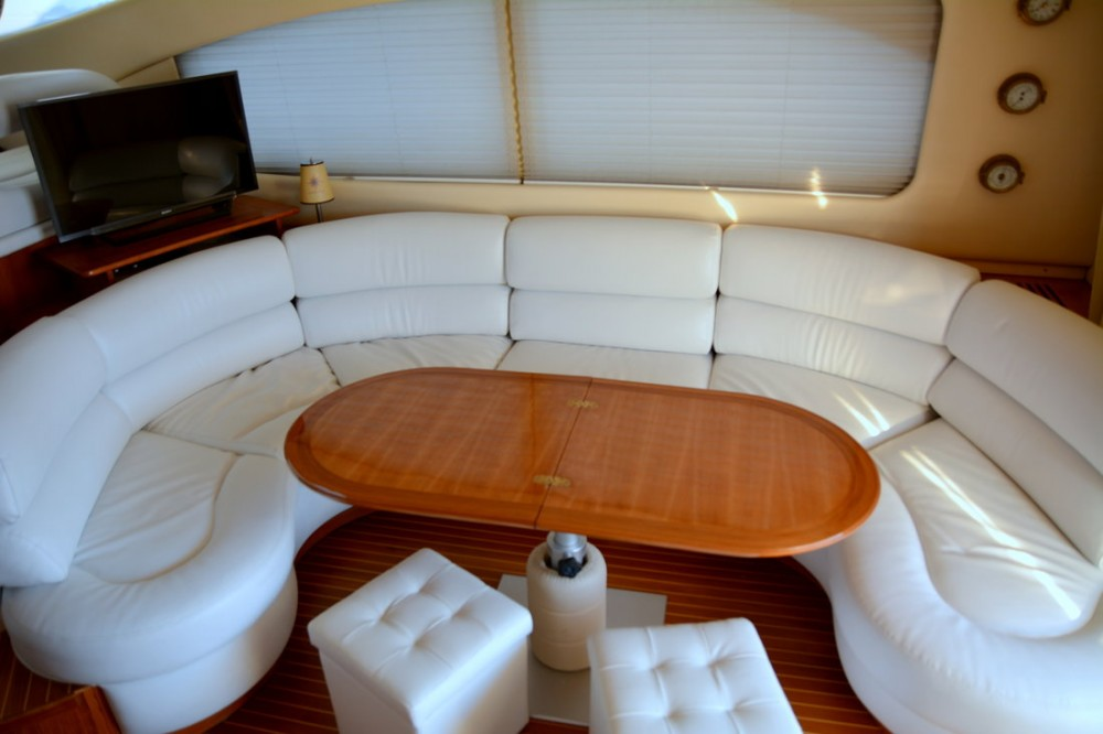 Rental Motorboat in Ionian Islands - Azimut-Benetti-Yachts Azimut 46 Fly