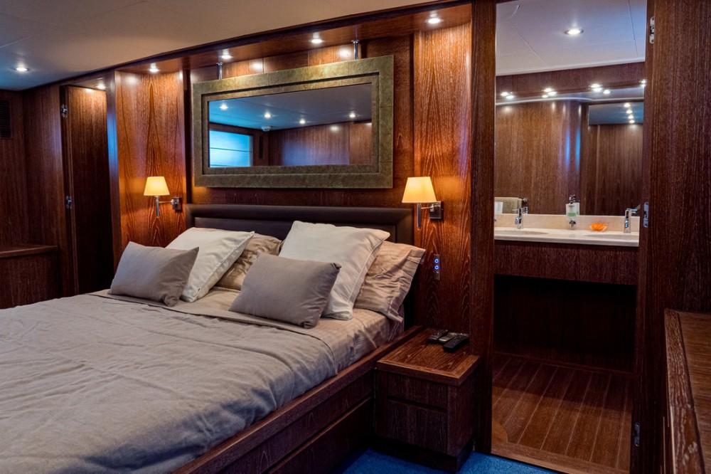 Rental yacht Cannigione - Cantieri Di Pisa Akhir 85 on SamBoat