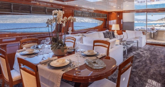Rental yacht Alimos - Posillipo Posillipo Technema 95S on SamBoat