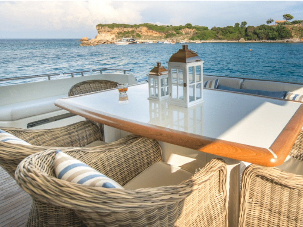 Hire Yacht with or without skipper Ferreti Álimos