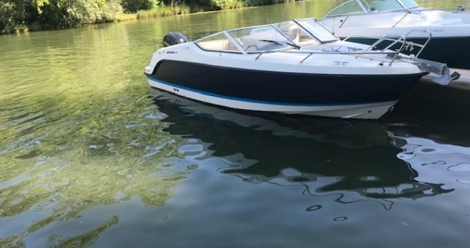 Rental Motorboat in Mâcon - Quicksilver Activ 645 Cabin