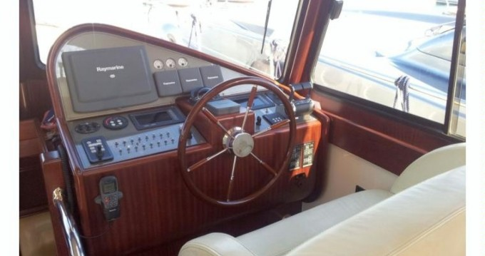 Boat rental Sperlonga cheap Portland 55