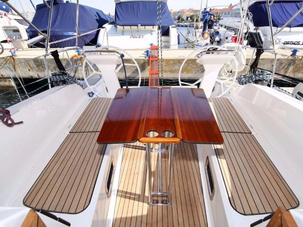 Rental Sailboat in Pirovac - Bavaria Bavaria Cruiser 41S