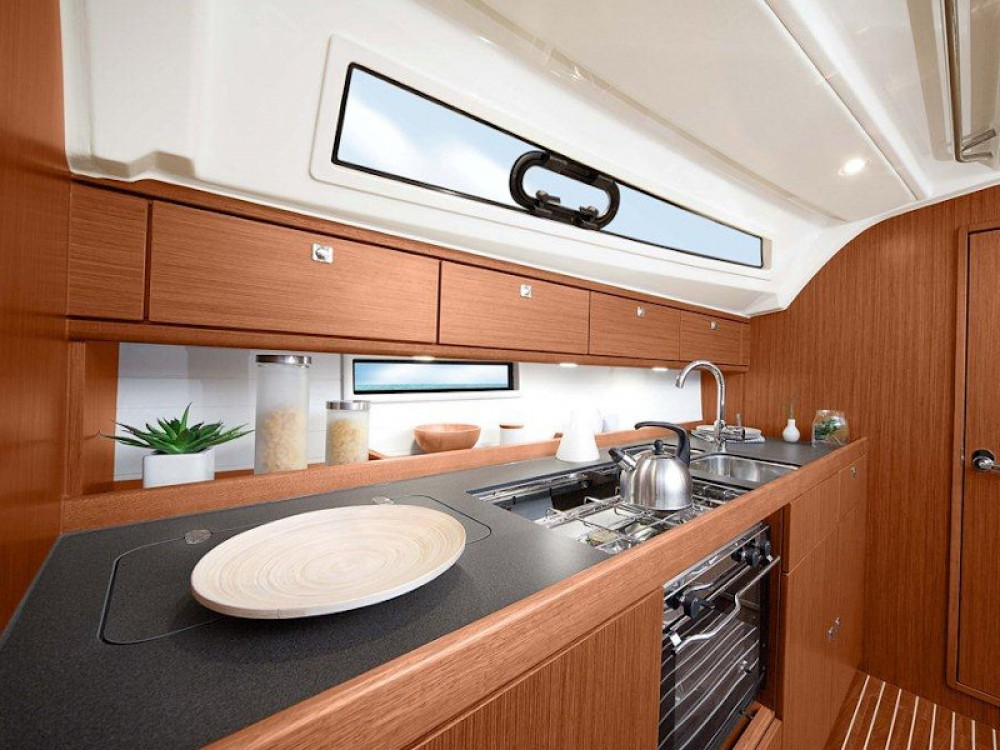 Boat rental  cheap Bavaria 41 Cruiser