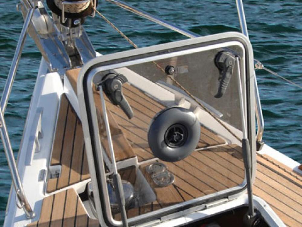 Boat rental Dufour Dufour 445 GL in  on Samboat
