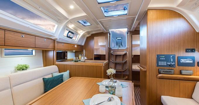Boat rental Rhodes cheap Cruiser 37