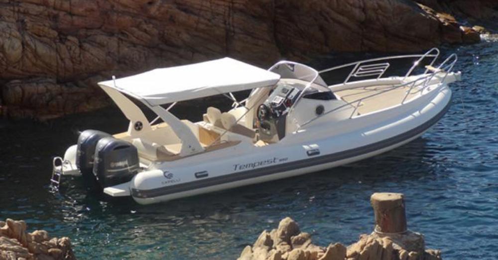 Boat rental Capelli Tempest 900 WA in Roses on Samboat
