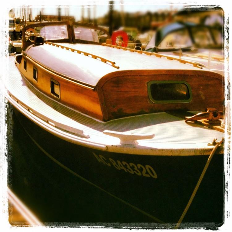 Boat rental MARCEL CARRERE PINASSE in La Rochelle on Samboat