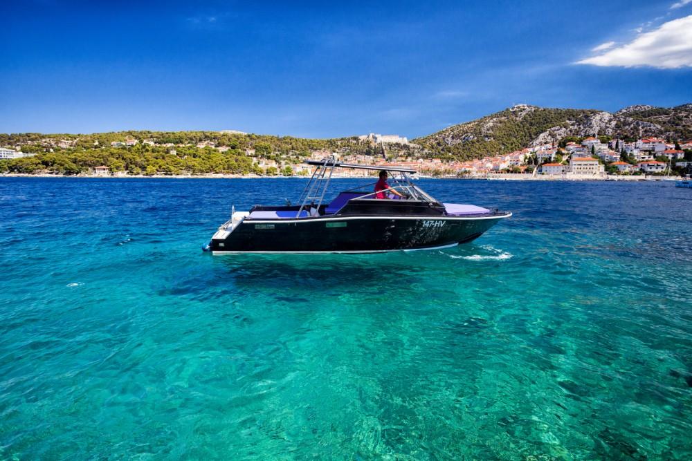 Rental yacht Hvar - Bayliner Trophy on SamBoat