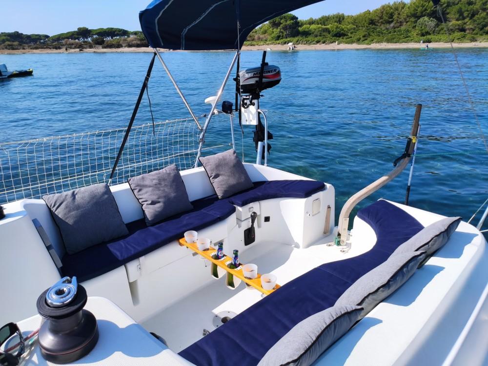 Boat rental Jeanneau Sun Odyssey 29.2 in Vallauris on Samboat