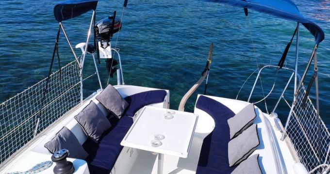 Boat rental Jeanneau Sun Odyssey 29.2 in Golfe-Juan on Samboat
