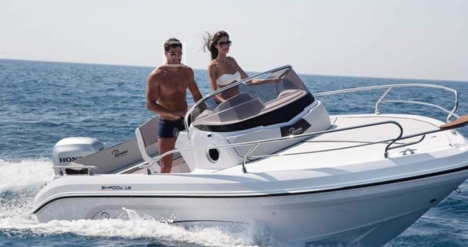 Rental yacht Menton - Ranieri Shadow 19 on SamBoat
