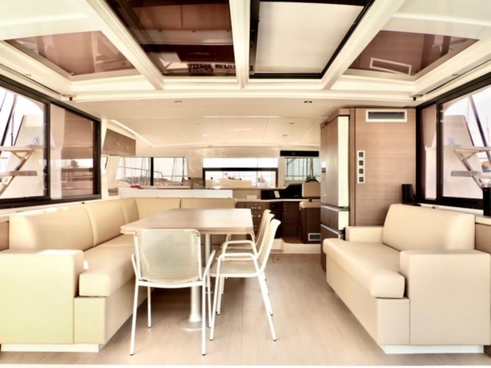 Boat rental Bali Bali 4.3 MY in Šibenik on Samboat