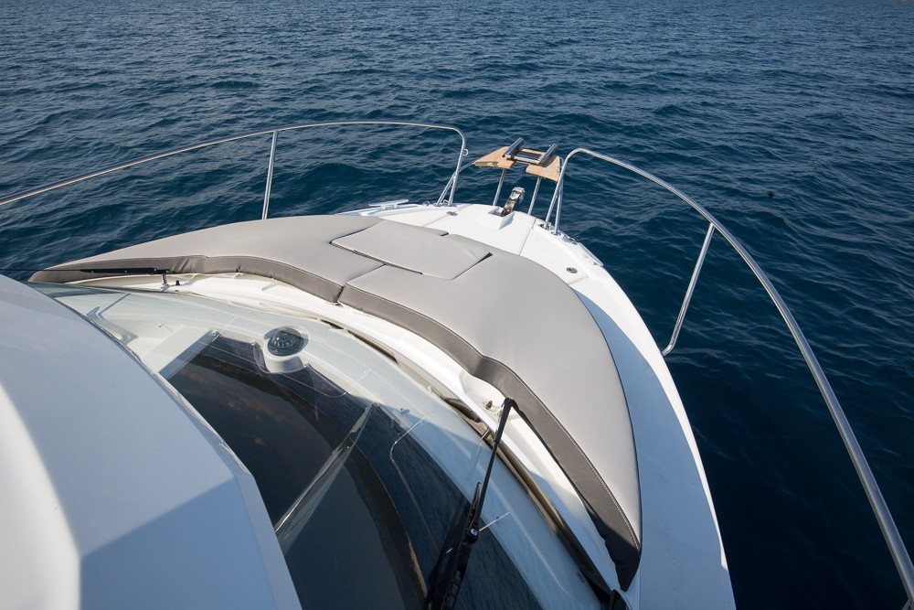 Motorboat for rent Medulin at the best price