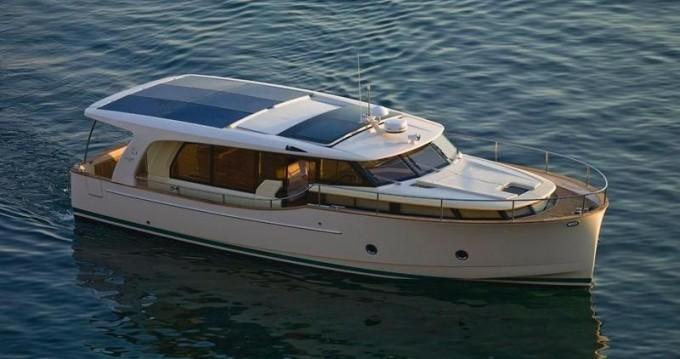 Rental Motorboat in Porto - Greenline Greenline 40