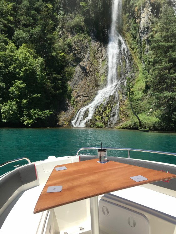 Hire Motorboat with or without skipper Prua al vento Interlaken