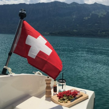 Motorboat for rent Interlaken at the best price