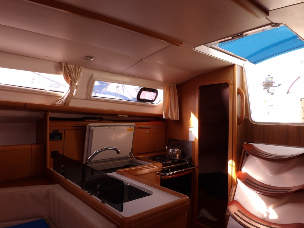 Rental yacht Kontokali - Jeanneau Sun Odyssey 36i on SamBoat