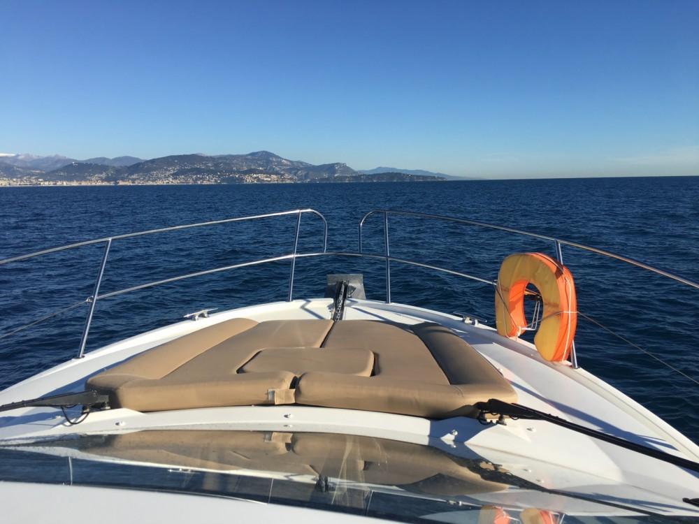 Rental yacht Saint-Laurent-du-Var - Jeanneau Leader 9 on SamBoat