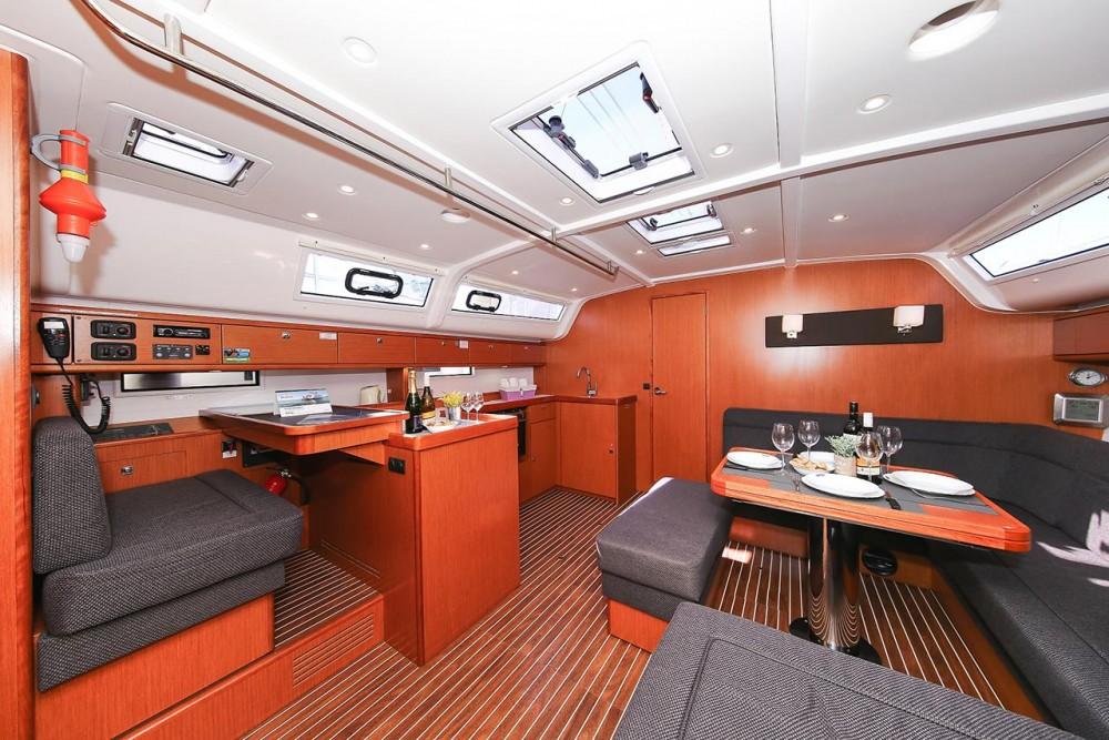 Rent a Bavaria Cruiser 51 Trogir