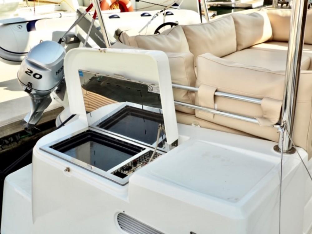 Boat rental Šibenik cheap Bali 4.3 MY