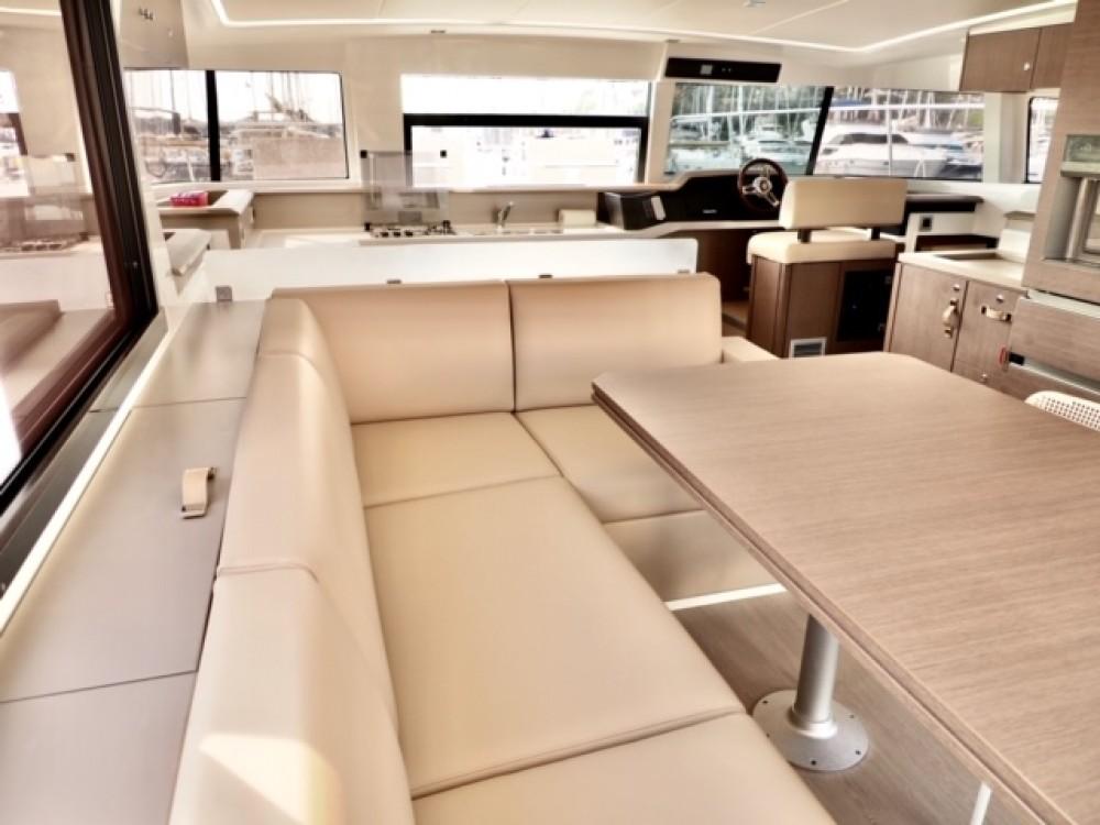 Rental Catamaran in Šibenik - Bali Bali 4.3 MY