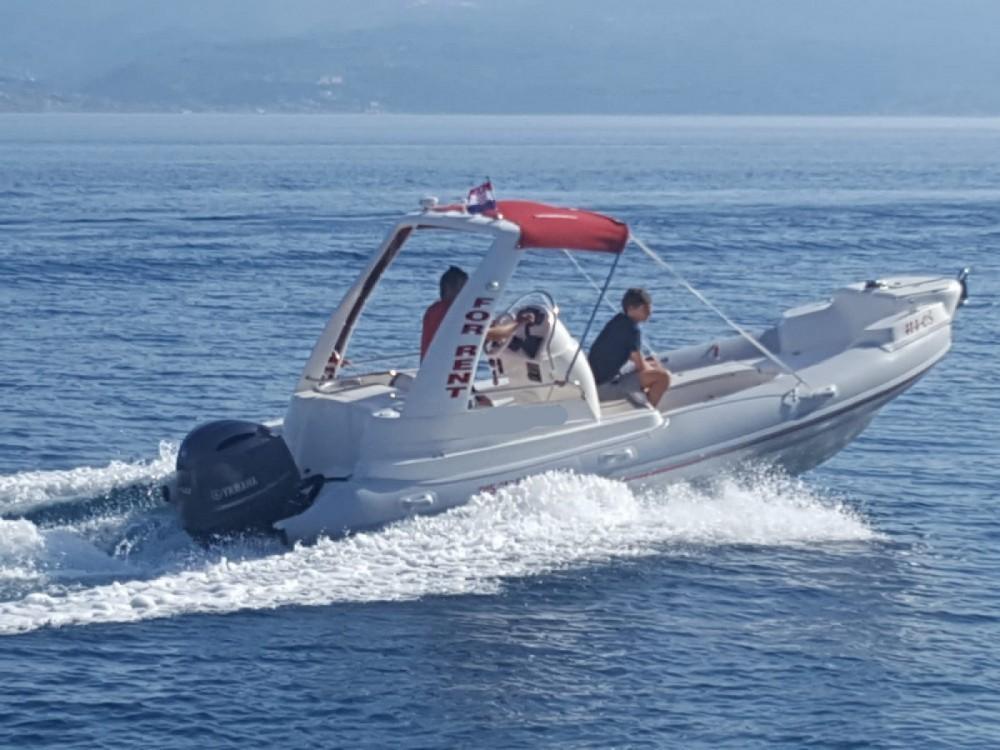 Boat rental Ris Marine 599  in Omiš on Samboat