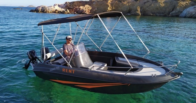 The Sailor's Ride 450 XL between personal and professional Paros Island
