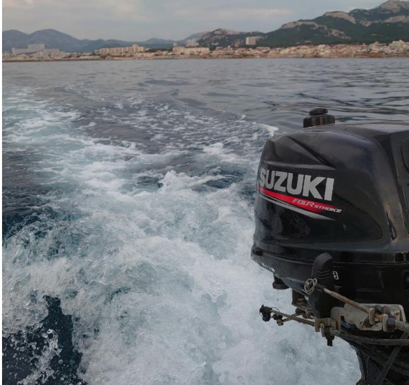 Rental Motorboat Dejon  with a permit