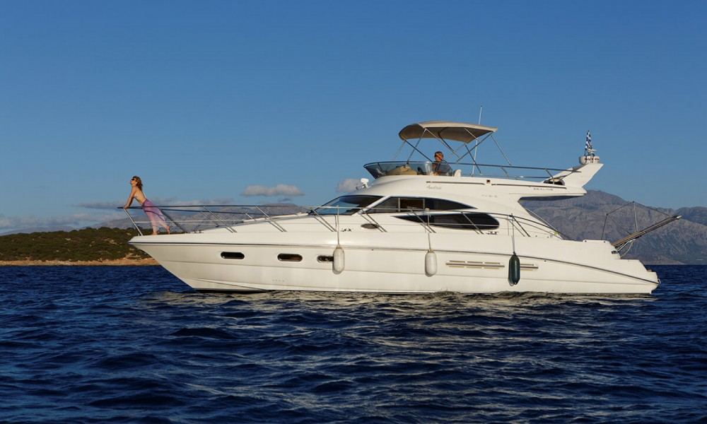 Rental yacht Heraklion - Sealine Sealine F 42/5 on SamBoat