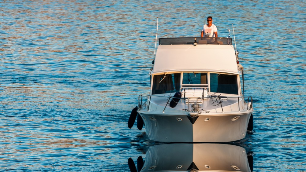 Hire Motorboat with or without skipper Bertram Heraklion