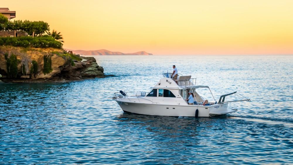 Rental yacht Heraklion - Bertram 35 on SamBoat
