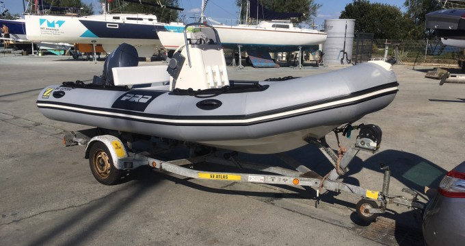 Hire RIB with or without skipper Zodiac Brest