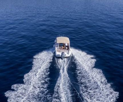 Rental Motorboat in Mali Lošinj - Galeon Galia 630 Sundeck